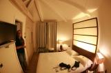 Runde Zimmerapartment im Hotel la plage resort taormina